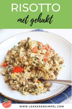 Risotto with minced meat - easy to make - Tasty and Simple - Risotto with minced meat. A delicious recipe with rice, minced meat, tomato and Italian herbs. Couscous Recipes, Rice Recipes, Pasta Recipes, Healthy Recipes, Polenta, Risotto Milanese, Quinoa, Good Food, Yummy Food