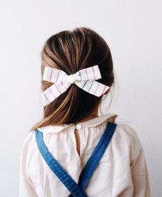 Simple and classic year-round bows for her everyday adventures. Handmade by women in the USA and guaranteed for life. Toddler Girl Outfits, Toddler Fashion, Kids Outfits, Kids Fashion, Toddler Girls, Trendy Outfits, Baby Girl Shoes, Baby Girl Dresses, Best Outfit For Girl