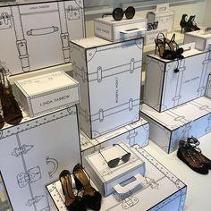WEBSTA @ burtandwilma - #Julian #milanomarittima #windowdisplay #creative… Window Display Design, Shoe Display, Visual Display, Shop Window Displays, Retail Displays, Boutique Cuir, Retail Windows, Visual Merchandising, Retail Design