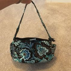 EUC Vera Bradley Purse Retired color, carried a handful of times. Excellent condition. Vera Bradley Bags Shoulder Bags