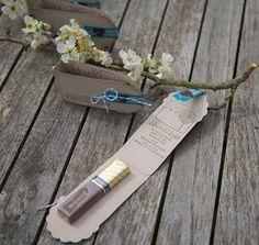 """Ideen für kleine Goodies mit der """"Two Tags""""-Stanze / SU - passend für einen Merci-Riegel"""