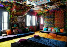 Colorful moroccan room