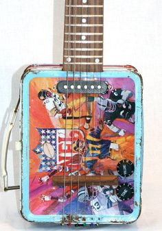 lunch box guitar