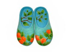 Hey, I found this really awesome Etsy listing at https://www.etsy.com/listing/194339298/felted-slippers-wool-felted-women