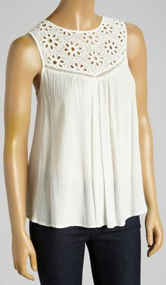 With its billowy design and lace bib, this sleeveless babydoll top cuts a soft, romantic silhouette. A keyhole closure adds visual appeal, while a lining provides extra coverage. Blouse Patterns, Blouse Designs, Sewing Blouses, Shirt Refashion, Mode Style, Cute Tops, White Lace, Clothes For Women, Fashion Design