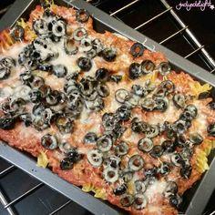 Thunfisch-Nudelauflauf Pasta, Parmesan, Vegetable Pizza, Vegetables, Food, Olives, Tomatoes, Pasta Meals, Food Food