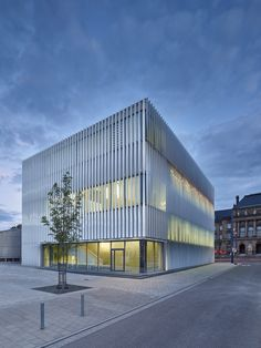 h4a architekten, Sporthalle Ulm, Zooey Braun