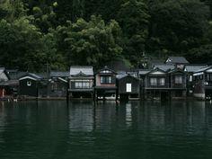 伊根町, Japan. photo by wara-zeiss
