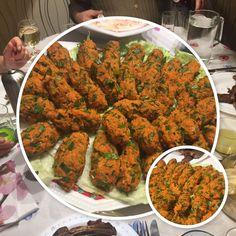 Entdeckt mein super leckeres vegane Rezept für vegane Buletten, auch Bulgur Köfte genannt. Es ist die türkische Spezialität Namens Mercimek Köfte. Das Rezept gibt es auf meinem Foodblog aus Köln!