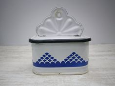 vintage french box salt enamelled metal // by TheAtticOfFrance