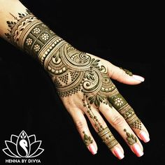 New Mehndi Designs 2019 - Latest Mehndi Designs Images, Photos, Pictures Mehndi Designs For Girls, Mehndi Designs For Beginners, Modern Mehndi Designs, Mehndi Design Photos, Dulhan Mehndi Designs, Mehndi Designs For Fingers, Beautiful Henna Designs, Henna Tattoo Designs, Mehndi Images