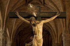 En el coro del Convento de Los Jerónimos en la ciudad lisboeta de Belém, se encuentra este Cristo Crucificado del escultor Philippe de Vries. Exif: Nikon