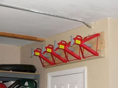 Are you someone that has a messing garage that is not arranged. Below are 42 garage storage ideas that will aid you arrange your garage like a champ. Garage Tool Storage, Garage Shed, Workshop Storage, Garage Tools, Garage House, Garage Plans, Garage Organization, Organization Ideas, Workshop Ideas