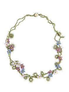 Lorina Bijoux - » The Necklaces. Beaded and tatted flower necklace.