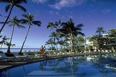 Beautiful Day by the Pool at the Kahala Resort | Oahu, Hawaii