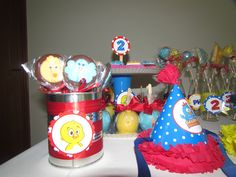 Decorated lollypops by http://www.elo7.com.br/necckascandies Craft by me