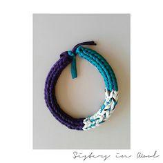 Collana di tessuto // Jersey di cotone // Maxi collana colorata // Gioielli di maglia // Stile minimale #giftidea #modern #woman