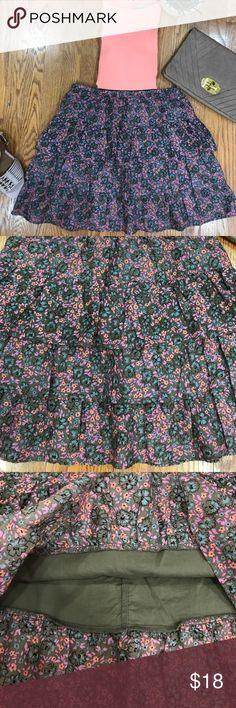 "🆕ON Floral Skirt! Tiered skirt with adjustable waist, 100% cotton. Measurements are length 16.75"", waist is 27"". Old Navy Skirts"