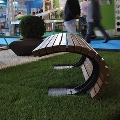 Malik Gallery Collection | Tsunami Outdoor Bench