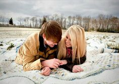 Our snowy winter engagement pictures by Taylor & Ayers Photography