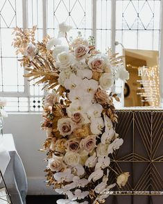 STUDIO BOTANIC q+a weddingsadelaide florals weddingflowers bridalbouquet photography is part of Luxe wedding - Wedding Table Centerpieces, Wedding Flower Arrangements, Flower Centerpieces, Floral Arrangements, Wedding Decorations, Luxe Wedding, Floral Wedding, Wedding Flowers, Wedding Ceremony