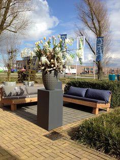 Big Pillows by Zuidkoop Natural Projects, Elements of Lifestyle 2013 met Weverling Groenprojecten 1