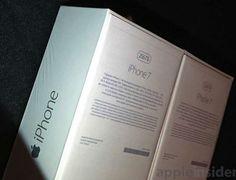 iPhone 7 Verpackung: 256 GB Version & Wahl zwischen EarPods & AirPods - https://apfeleimer.de/2016/09/iphone-7-verpackung-256-gb-version-unterschiedliche-kopfhoerer-auswahl-verfuegbar - Es gibt nochmal Neuigkeiten vom kommenden iPhone 7 und iPhone 7 Plus. Aktuell geistert ein Foto einer iPhone 7 Verpackung durchs Netz, das ein paar der Gerüchte der vergangenen Tage bestätigt. Zum einen ist auf dem Bild zu erkennen, dass es das Modell in einer 256 GB Speicherversion