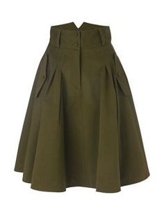 Brown Pleated Skirt, Brown Skirts, Pleated Skirts, Mode Outfits, Dress Outfits, Fashion Outfits, Circle Skirt Outfits, Full Circle Skirts, Fashion News