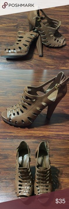 😍BCBG Leather Size 8 Cognac Heels😍 Look simply DiViNe in these demure Pumps by BCBGeneration. These cognac leather heels feature sexy cut outs and a Peeptoe!!! Worn once. BCBGeneration Shoes Heels