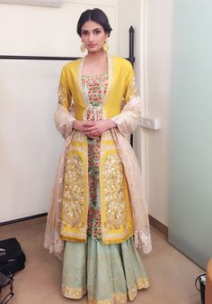 Exotic Indian Beauty - Athiya Shetty in Anju Modi Indian Gowns, Indian Attire, Indian Wear, Indian Style, Stylish Dresses, Casual Dresses, Fashion Dresses, Pakistani Outfits, Indian Outfits