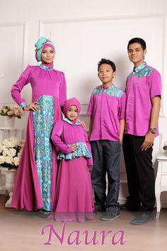 Hurrem Ungu >> Sarinbit keluarga edisi lebaran 2015 koleksi naura fikri. Busana muslim pesta dengan bahan donatelli silk yang lembut kombinasi batik.   Harga:  Bunda : Rp. 535.000,- Ayah : Rp. 275.000,- Girl Anak : Umur 2,4,6 thn Rp. 345.000,- Umur 8,10,12 Rp. 360.000,- Boy Anak : Umur 2,4,6 thn Rp. 230.000,- Umur 8,10,12 Rp. 245.000,-  fast respon 089682311152  detail klik tautan http://gamispesta.net/hurrem-gamis-pesta-syari-keluarga.html