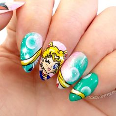 Our taste for Sailor Moon doesn't end, it just evolves. While when we were little, the greatest demonstration of fanaticism was not to miss a single episode, we now show idolatry by putting o… Pretty Nail Art, Cute Nail Art, Cute Acrylic Nails, Beautiful Nail Art, Cute Nails, Tattoo Sailor Moon, Sailor Moon Nails, Nail Art Designs, Jolie Nail Art