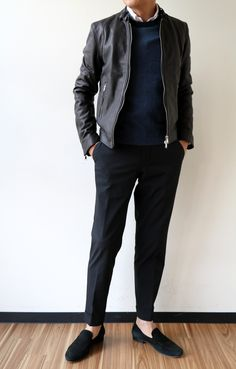Trendy Mens Fashion, Fashion Trends, Formal Men Outfit, Riders Jacket, Preppy Look, Japan Fashion, Minimalist Fashion, Casual Looks, Fashion Dresses