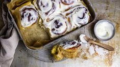 Tested and approved: Cinnamon buns Norwegian Food, Norwegian Recipes, Cinnabon, Dessert Drinks, Something Sweet, Chocolate Desserts, Yummy Cakes, Food For Thought, Just Desserts