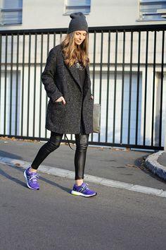 Resultado de imagen para purple sneakers outfit