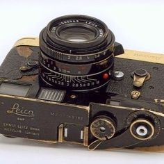 Rare '62 Vintage M2 LΞICΛ tropical with LEICAVIT-MP in Black Paint Golden Brass patina finish with 35mm/f2 SUMMICRON-M ASPH owned by Brian Brake Leica