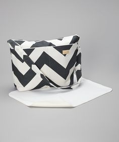 Foxy Vida - Charcoal Zigzag Diaper Bag $79.99... diaper bags are now sooo cute, would anyone know??