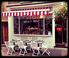 Issy's Milky Way, Camden Passage, London Cafe Interior Design, Cafe Design, Camden Passage, Diner Restaurant, Milky Way, Decoration, London, Outdoor Decor, Furniture