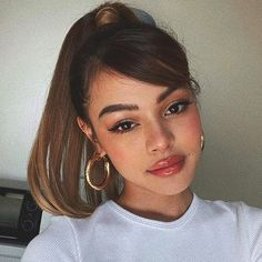 Huge hairstyle list the 9 hottest trends you should be obsessed with Ponytail Hairstyles hairstyle Hottest Huge List Obsessed Trends Side Ponytail Hairstyles, Baddie Hairstyles, Sleek Hairstyles, Side Part Hairstyles, Straight Hairstyles, Hair Inspo, Hair Inspiration, Curly Hair Styles, Natural Hair Styles