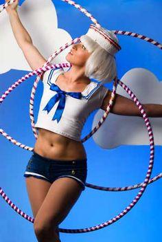 Hula hoop circus artist #hoop #hooping #hoopdance