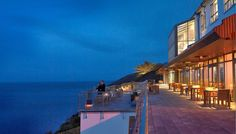 nu vond Cliff House Hotel in Ierland. With magnificent sea views, this stunning hotel is built into the cliffs Vacation Places, Dream Vacations, Cliff House Hotel, Ireland Vacation, Hotels And Resorts, Luxury Hotels, Beautiful Space, Hotel Reviews, Hotel Offers
