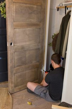 Jenna Sue: Foyer Update: DIY Salvaged Door includes instruction for easy casing modifications 5 Panel Doors, Mdf Doors, Door Panels, Wooden Living Room Furniture, Home Decor Furniture, Bookcase Wall, Bookshelf Design, Wall Shelves, Salvaged Doors