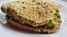 quick flax seed no flour bread Low Carb Recipes, Healthy Recipes, Healthy Food, Salmon Burgers, Sandwiches, Ethnic Recipes, Breads, Drinks, Gluten Free Recipes