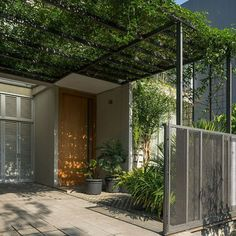 Eco house project 49 Most Popular Ideas House Front Design, Small House Design, Modern House Design, Small House Decorating, Minimalist House Design, House With Porch, Japanese House, Facade House, Tropical Houses