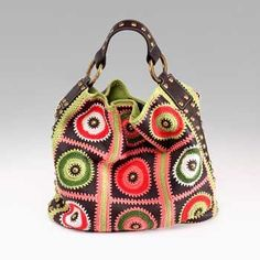 wow.  circle square crochet bag with handle, crochet