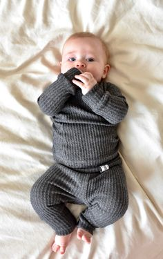 Gender neutral Baby Clothes.Going Home Outfit Newborn Take | Etsy Newborn Clothes Unisex, Gifts For Newborn Boy, Baby Outfits Newborn, Baby Boy Newborn, Baby Boy Outfits, Winter Baby Boy, Winter Newborn, Newborn Winter Clothes, Fall Baby