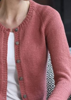 Knitting For Beginners Cardigans Ravelry Trendy Ideas Cardigan Design, Knit Cardigan Pattern, Crochet Coat, Loose Knit Sweaters, Knitwear Fashion, Knitting For Beginners, Lace Knitting, Knitting Designs, Mantel