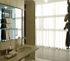 BW PREMIER BHR Treviso Hotel Bathroom •Suite presidenziale•  Images courtesy of BHR Treviso Hotel