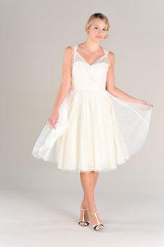 Short Wedding Dress Polka Dots Vintage 50s Era Eco Friendly Sweetheart Neckline Full Circle Skirt