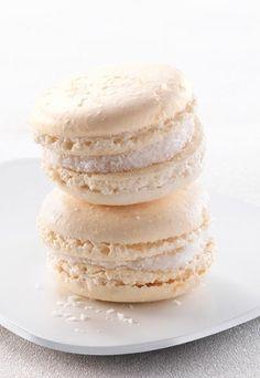 Servez vos macarons à la noix de coco avec un sorbet mangue et une eau détox citron vert, mmmm !